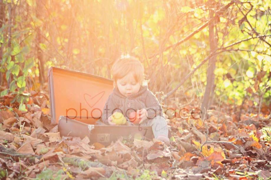 Baby London Photographer – It's Fruity Leaves Time!