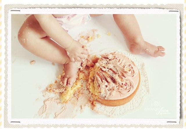 cake-smash-photographer-clapham-fulham